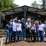 Recibiendo la visita de Corantioquia y la Gobernacion de Antioquia. LEM